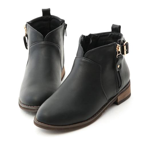 D+AF 好評推薦.小V口側拉鍊平底短靴 黑色平底短靴推薦