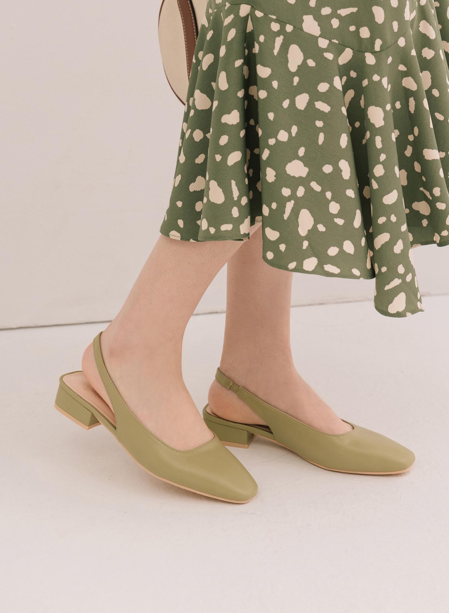 D+AF素面方頭後空低跟鞋 後空鞋推薦 早春流行