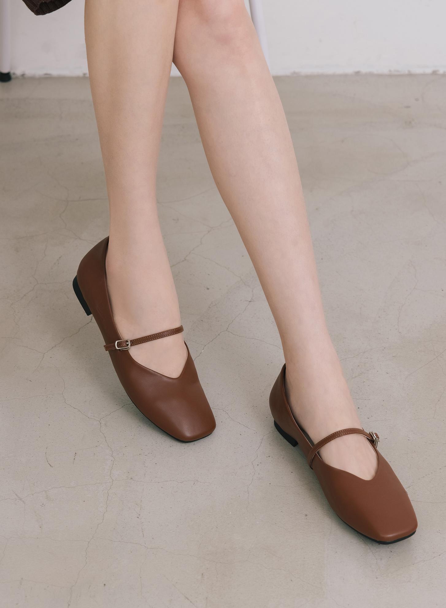 D+AF精緻細帶V口瑪莉珍鞋 瑪莉珍鞋推薦 早春流行