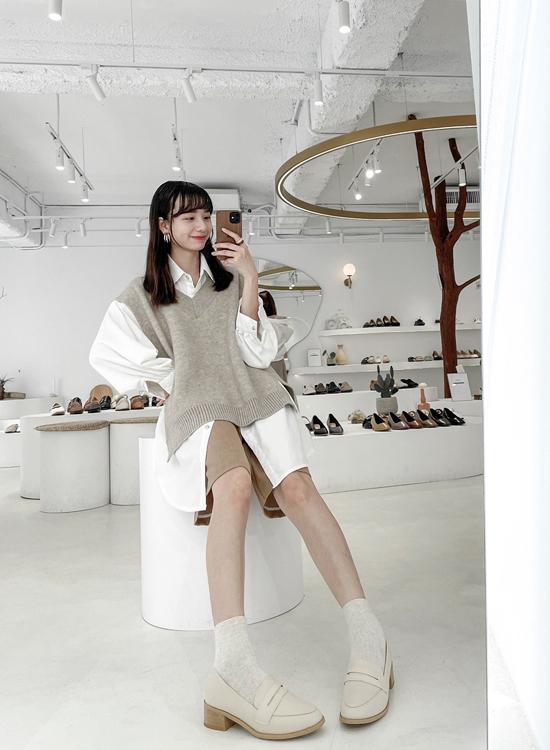 D+AF經典款木紋跟樂福鞋穿搭 台北女鞋門市店員穿搭示範