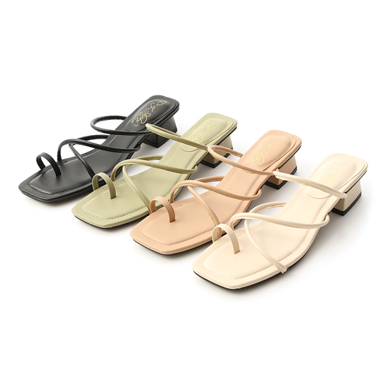 D+AF交叉細帶套指低跟涼鞋 2021涼拖鞋推薦