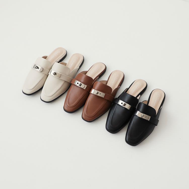 穆勒鞋推薦:金屬鎖釦平底穆勒鞋