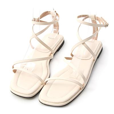 D+AF 2021小白鞋推薦鞋款 白色涼鞋 交叉平底涼鞋 羅馬涼鞋