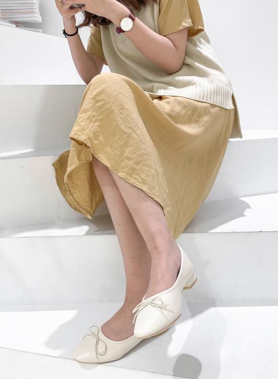 D+AF 2021小白鞋推薦鞋款 低跟小白鞋 平底娃娃鞋 春日漫步