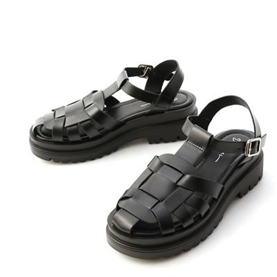 D+A厚底鬆糕涼鞋 黑色涼鞋