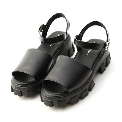 D+AF一字寬版鋸齒底涼鞋 黑色寬帶一字涼鞋