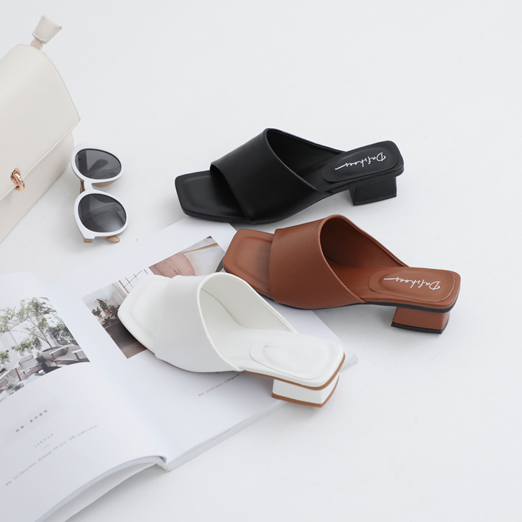 D+AF愜意寬版 寬版涼鞋 寬帶涼鞋 寬版拖鞋 寬腳板涼鞋推薦