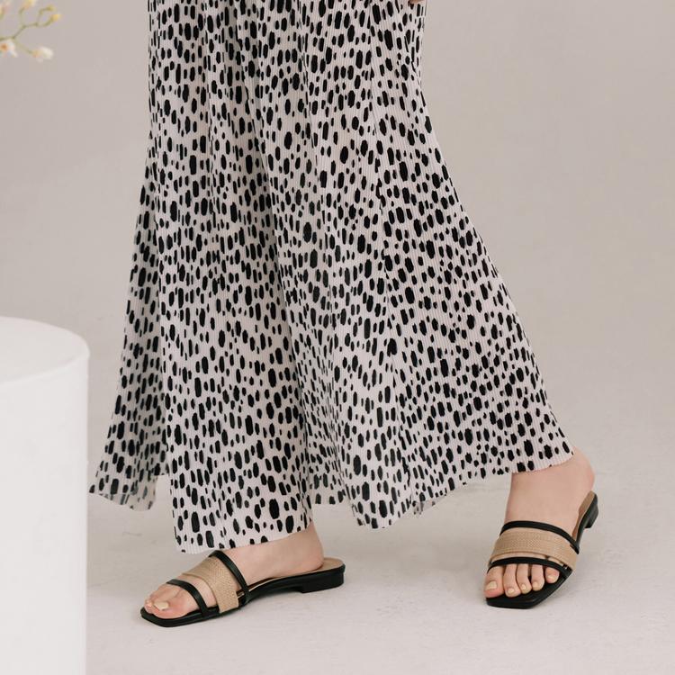 D+AF各種腳型適合的涼鞋 輕夏微風 草編涼鞋 草編平底涼鞋 拇指外翻涼鞋推薦