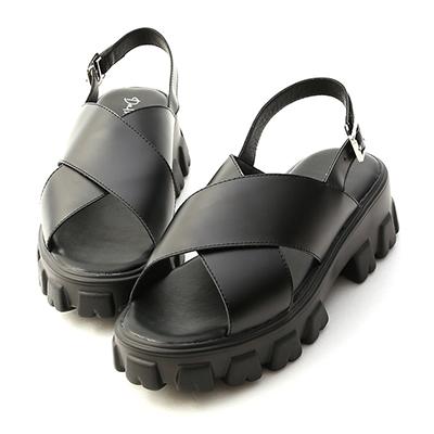 寬帶交叉鋸齒底涼鞋  鬆高涼鞋 平底涼鞋 黑色涼
