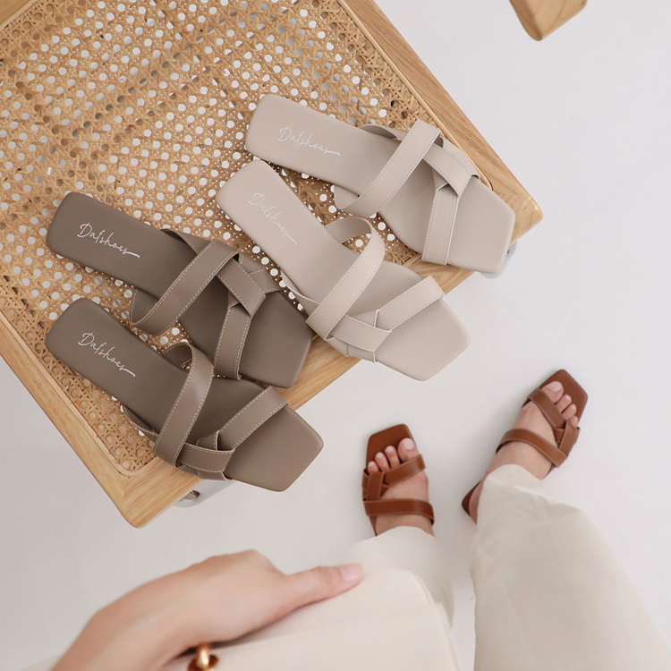 扭結設計方頭平底拖鞋 涼拖鞋